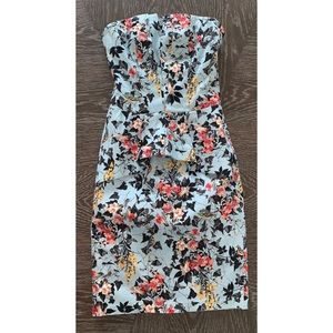 Miss selfridge  strapless floral  dress sz 2